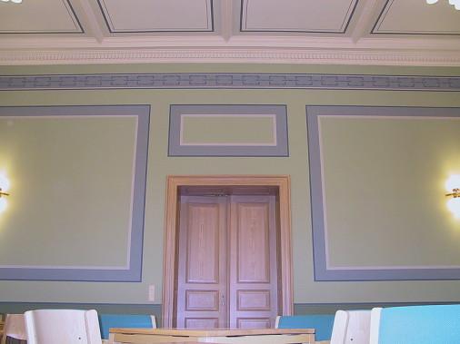"""Befunduntersuchung und Ausführung der Gesamtleistung (Stuckreparatur, Decken-und Wandgestaltung , Sockelbekleidung mittels """"Lincrusta"""" Wandbelag)"""